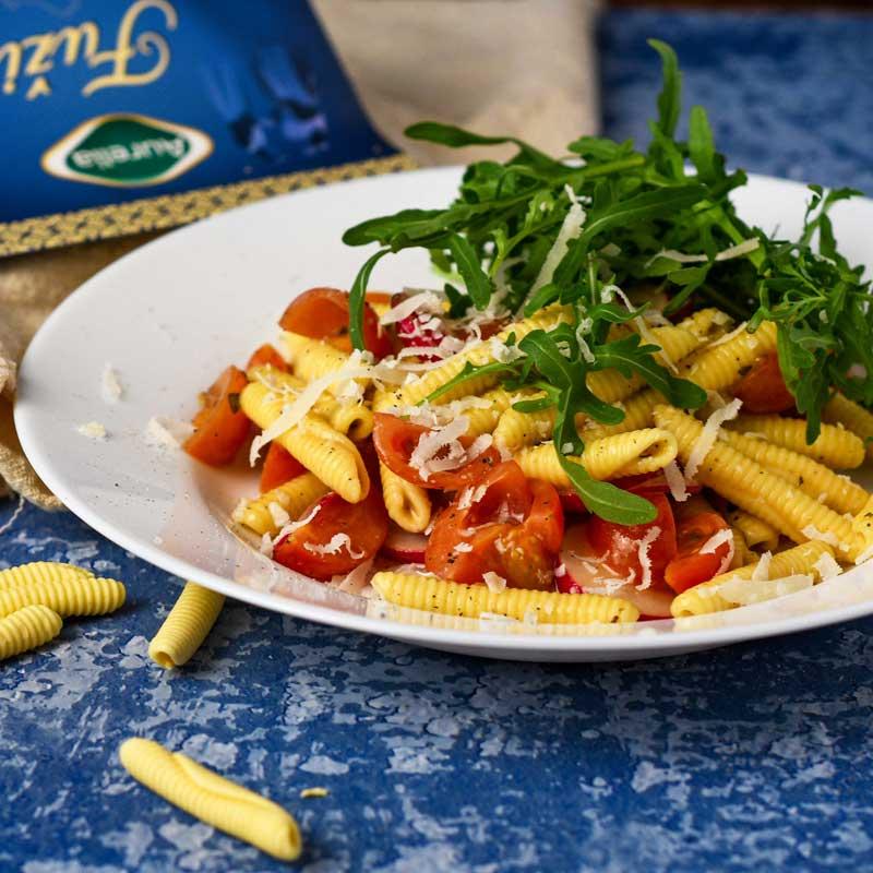 Salata-rotkvica-fuži-2-Aurelia-svježa-tjestenina